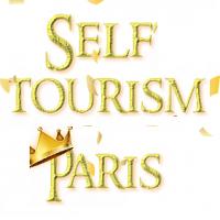 SELFTOURISM PARIS